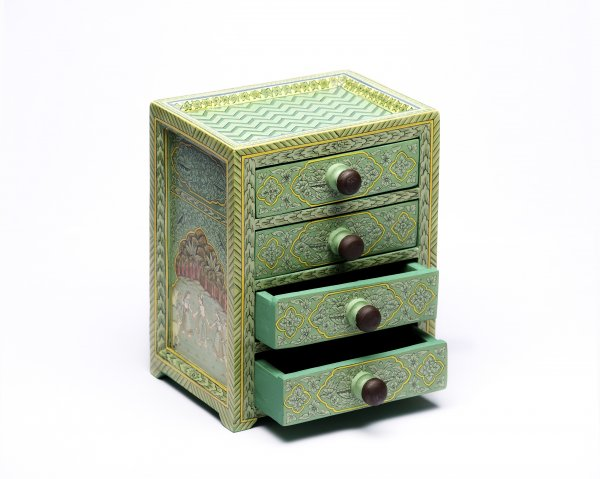 Wooden drawer green big